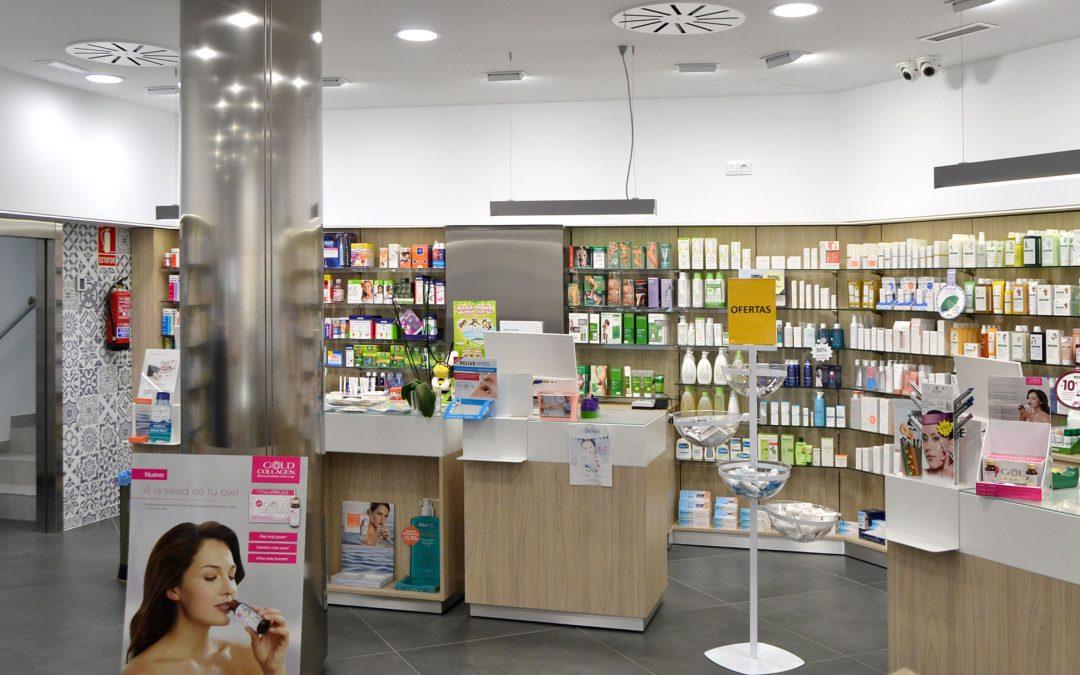 La farmacia Canales inaugura la reforma de su farmacia con un sistema automático KLS